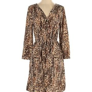 Leopard print midi dress with long sleeves